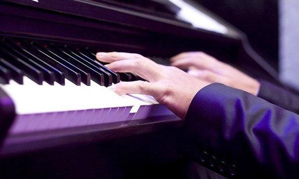 找学钢琴的男朋友有什么好处图片