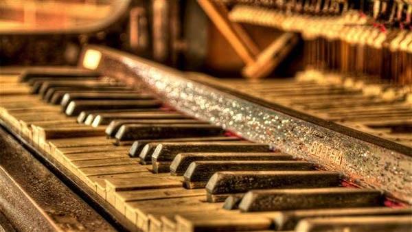 钢琴怎么画图片步骤