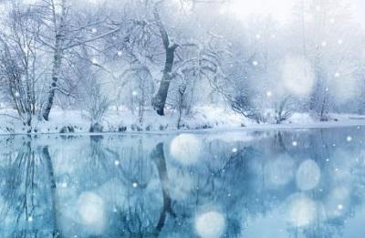 雪的梦幻简谱-闭上眼睛,听着这首音乐,很容易会回忆起一些往事.曲中背景大概是图片