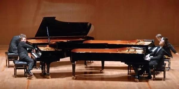 四台九尺斯坦威同台演绎古典和爵士  格什温四钢琴组合音乐会 2016/07